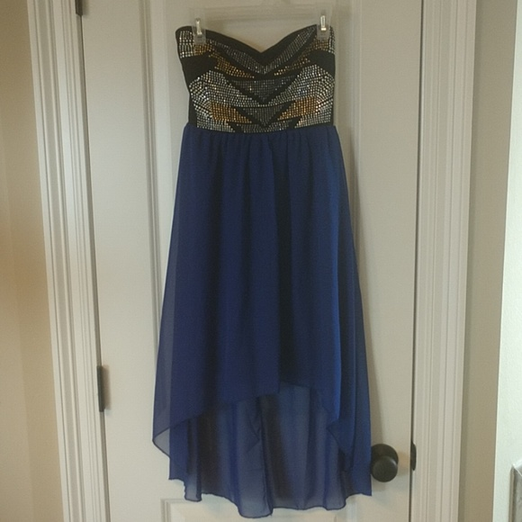 Charlotte Russe Dresses & Skirts - Strapless high low dress (brand new) XS